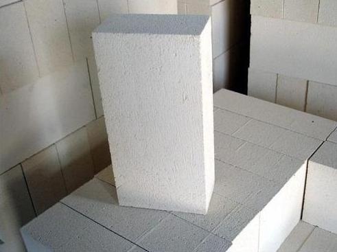白刚玉莫来石砖